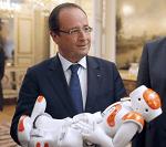 François Hollande et Nao-mini