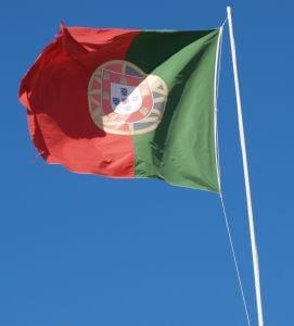 portugal-flag-900706-m
