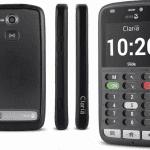 Doro et Claria rendent les smartphones accessibles aux personnes aveugles