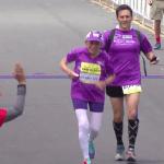 A 92 ans, elle bat un record en courant le marathon de San Diego