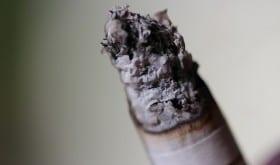 Tabac : les personnes âgées qui fument augmentent leur risque de mortalité par 3