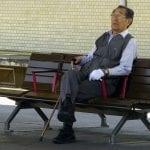 Au Japon, de plus en plus de seniors sont confrontés à l'isolement et à la précarité