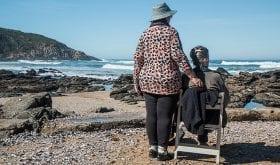 Perte d'autonomie : les solutions pour partir en vacances
