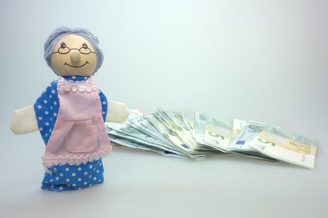 Pensions et rentes de retraite pour retraités et personnes âgées