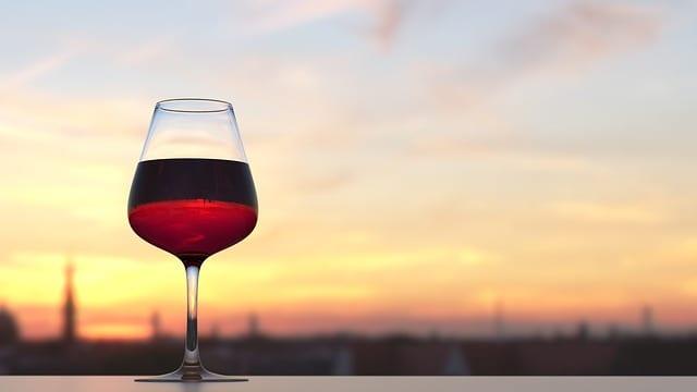 Renifler du vin rouge est bon pour la santé Alzheimer