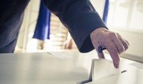 Age d'Or Services accompagne les personnes fragiles jusqu'au bureau de vote