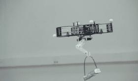 Vers des drones capables de venir en aide aux personnes âgées ?