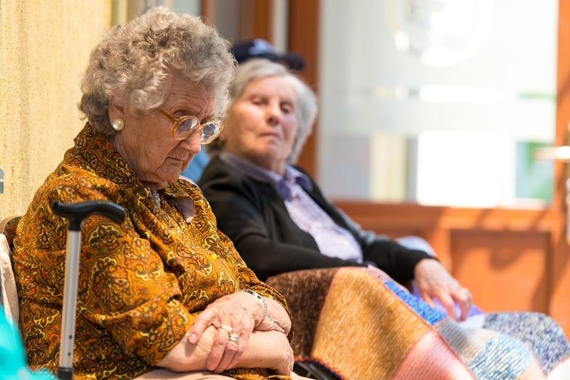 Solitude et isolement des seniors