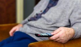 La position assise et la sédentarité accéléreraient le vieillissement des seniors