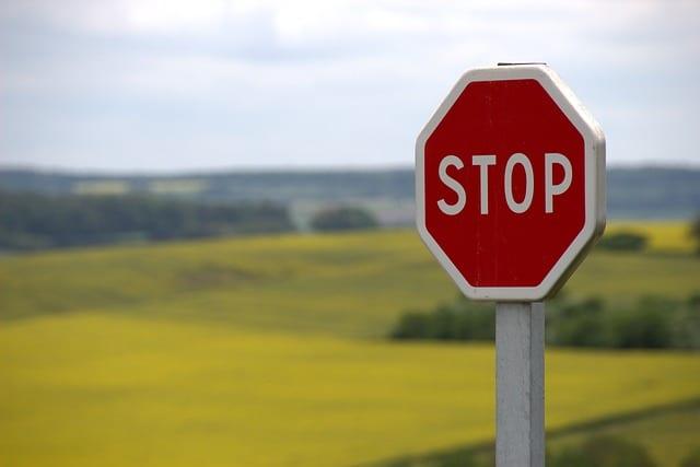 Sécurité routière - Panneau de signalisation - Mortalité routière