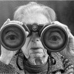 L'artiste Tony Luciani et sa mère, une série de photos qui se dresse contre les clichés du vieillissement