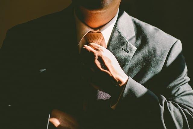 Job - Emploi seniors - Recrutement en entreprise - Candidature