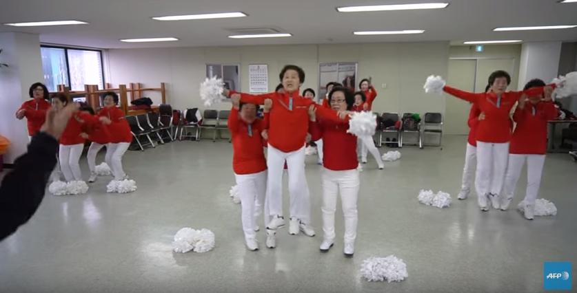 Pom pom girls Seniors - Corée du sud