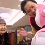 Bientôt un robot offert à chaque personne âgée en Chine ?
