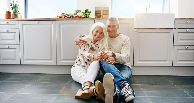 Seniors - Bonheur - Vie sociale - Loisirs - Couple