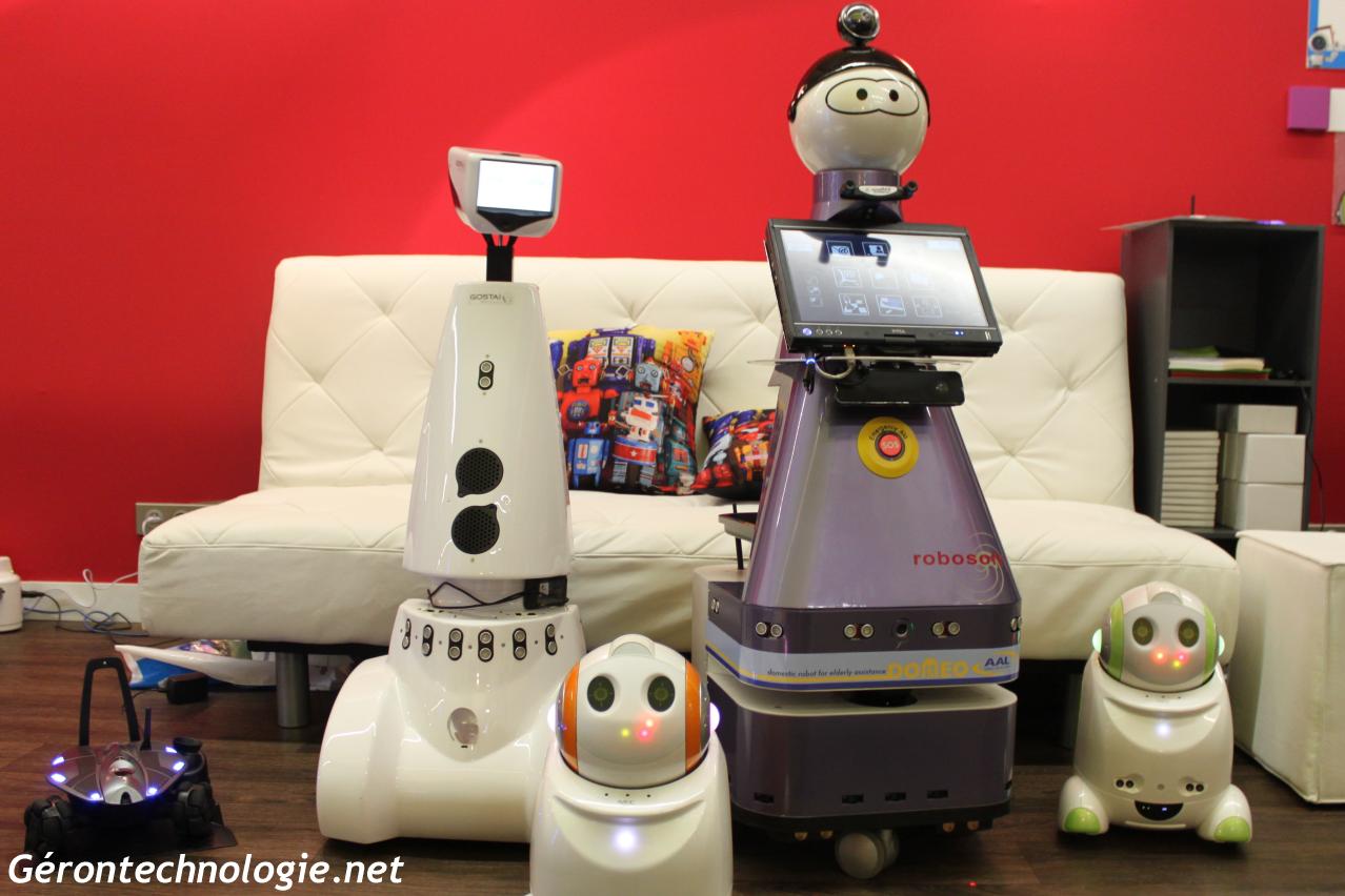Robots assistants et de téléprésence : Photo de Famille