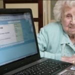 Une vrai fausse Twitteuse de 104 ans !
