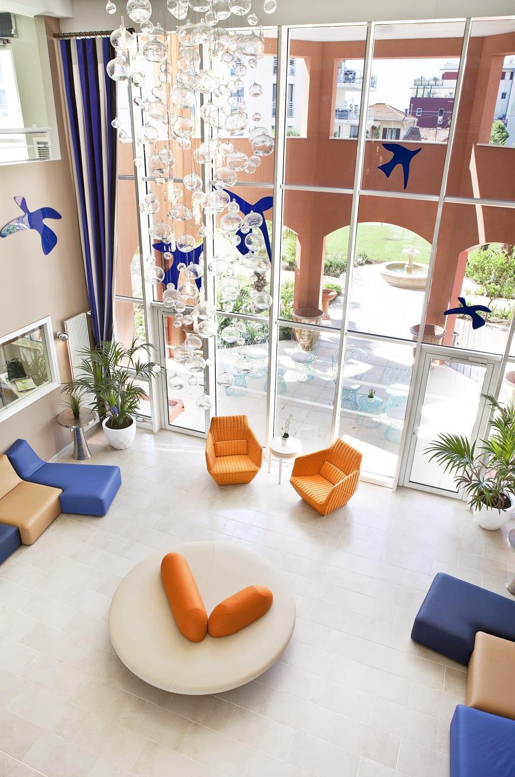Architecte D Intérieur Cannes résidence les gabres à cannes : un ehpad signé pierre henri