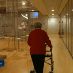 Un déambulateur robotisé au service des personnes âgées