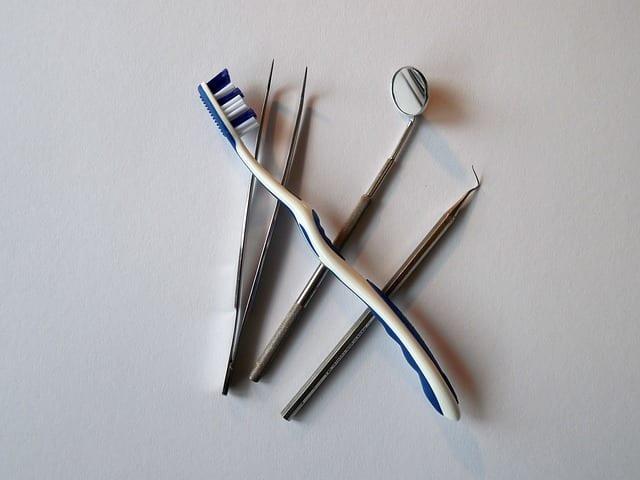 Santé bucco-dentaire personnes âgées
