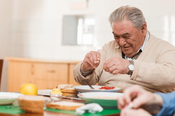 Alimentation- Nutrition - Seniors- Ehpad - Maison de Retraite