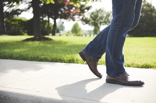 Marcher, mobilité et personnes âgées