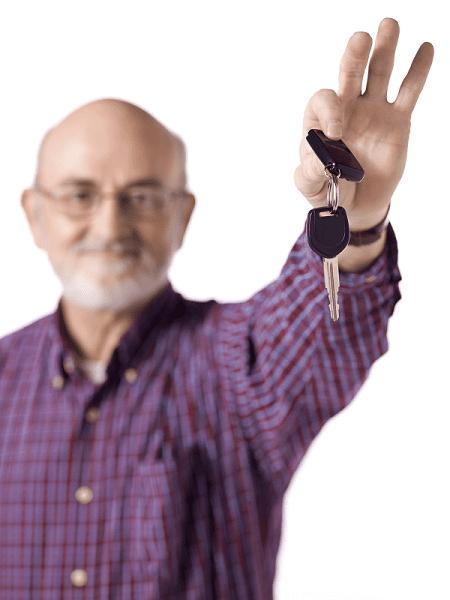 Voiture - conduite , seniors au volant