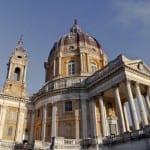 Nouvelle résidence retraite Colisée à Turin : gymnase high-tech et crèche pour les habitants du quartier