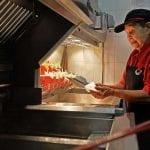 Travail - Singapour - MacDonald's