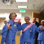 Seniors et emploi : une infirmière américaine fête son 90e anniversaire