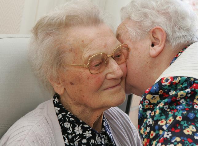 + de vie - personnes âgées hospitalisées