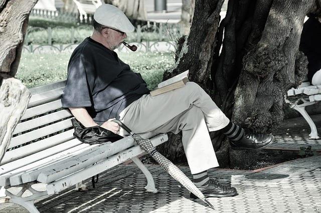 Lecture - lire - espérance de vie - bien vieillir