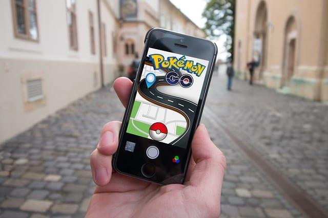Pokemon Go intergénérationnel mobilité seniors