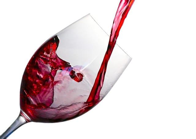 Vin rouge : bénéfique pour Alzheimer ?