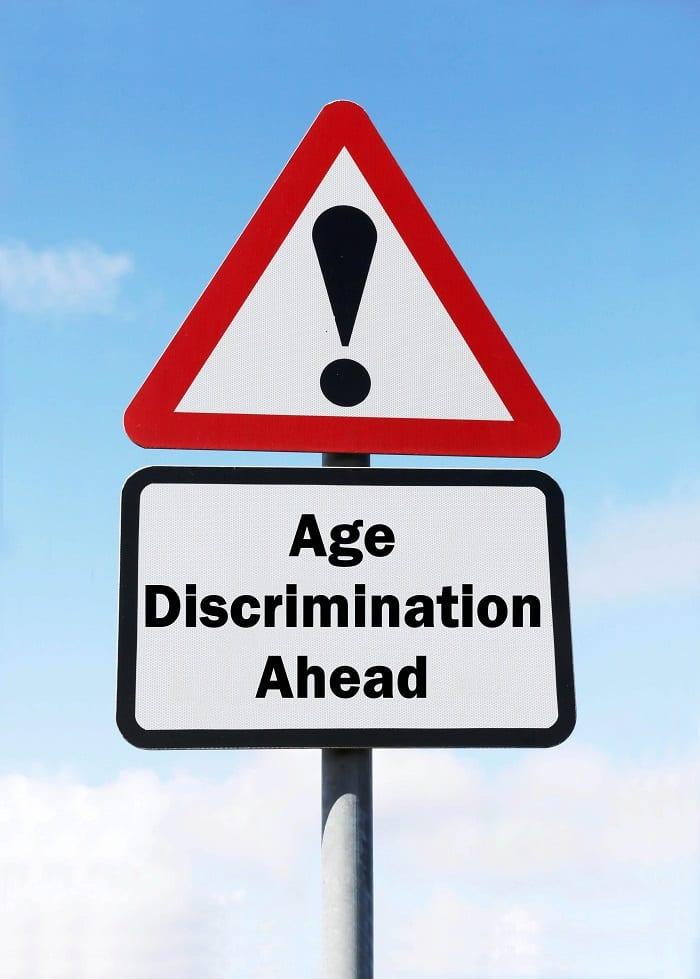 Discrimination et agisme contre les personnes âgées