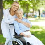 Livalys, des vêtements adaptés aux besoins des seniors en mobilité réduite