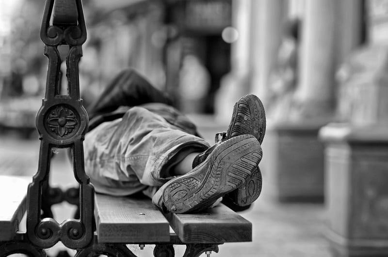 Isolement, précarité et pauvreté des seniors