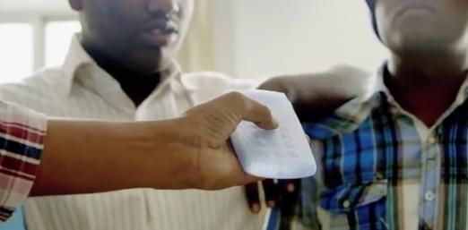 Un prototype de smartphone pour personnes malvoyantes