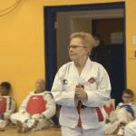 Hannah Fraser a 72 ans et vient d'obtenir sa ceinture noire de taekwondo !