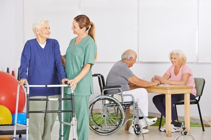 Vie en EHPAD - Maison de retraite - Hébergement pour personnes âgées - SOM