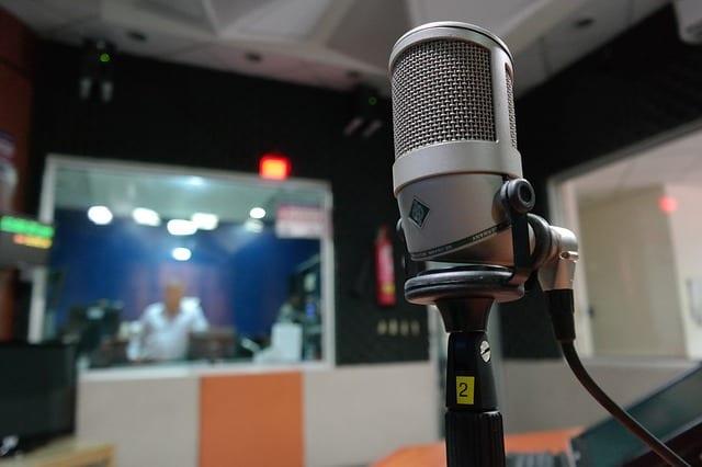 Microphone - Radio - Média