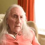 Peter Davies change de sexe à l'âge de 90 ans !