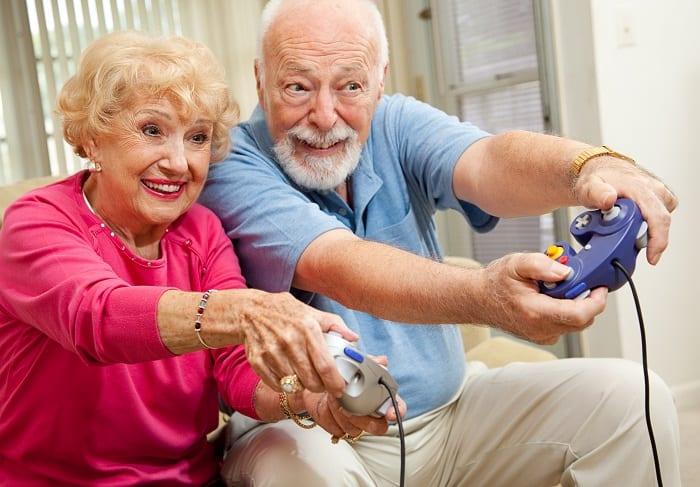 Les jeux vidéos et serious games adaptés aux seniors