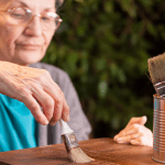 Baromètre ManoMano.fr : les seniors et le bricolage en France