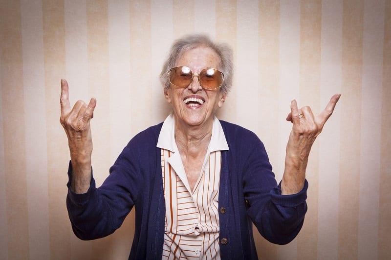 Mamie - Grand-mère - Fun - Profiter de la vie