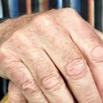Confinement : 12.5 millions de seniors potentiellement en danger à domicile ?