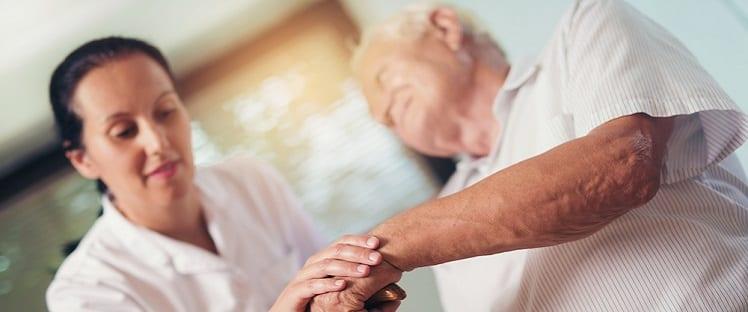 Etude : le rôle des familles dans le placement des personnes âgées en EHPAD