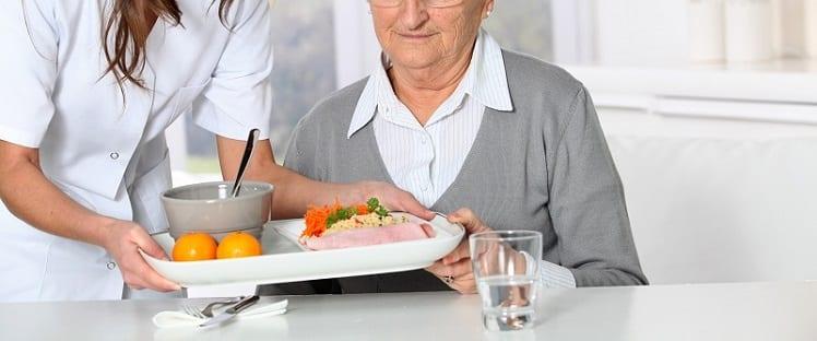 Nutrition+ : Rompre l'isolement et accompagner le retour à domicile des patients covid-19 avec une offre alimentaire adaptée
