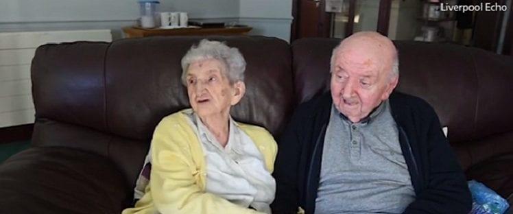Ada Keating et son fils