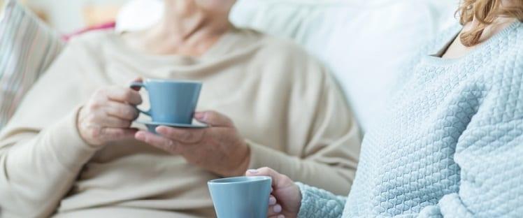 EHPAD - Maison de retraite - Service à la personne - Aide à la personne - Senior - Personne âgée